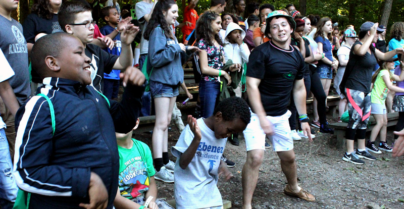 Singing dancing campers at Camp Can DO